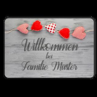 Individuelle Fußmatte Holz Herzen Wunschtext personalisiert - Randlos bedruckt