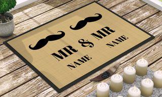 """Individuell bedruckte Fußmatte - """"Mr. & Mr."""" in 3 Größen"""