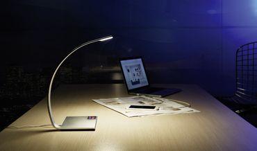 LED Tischleuchte, Farbwechsler, dimmbar – Bild 5