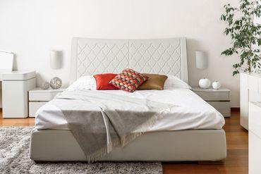 Wandleuchte Relief weiß Textil  – Bild 7