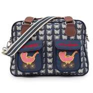 Pink Lining Mama Et Bebe Cream Butterflies on navy Wickeltasche