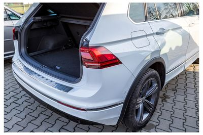 Door sills, bumper protector and Carbon lining for doors fits for VW Tiguan II 2016-