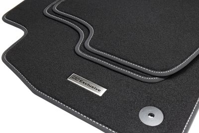Alfombrillas de acero inoxidable para coches con logotipo exclusivo adecuado para VW Golf Sportsvan año 06/2014-