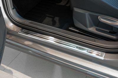 Protectores de umbral de puerta de diseño exclusivo V2A para VW Tiguan 2 año 01/2016-