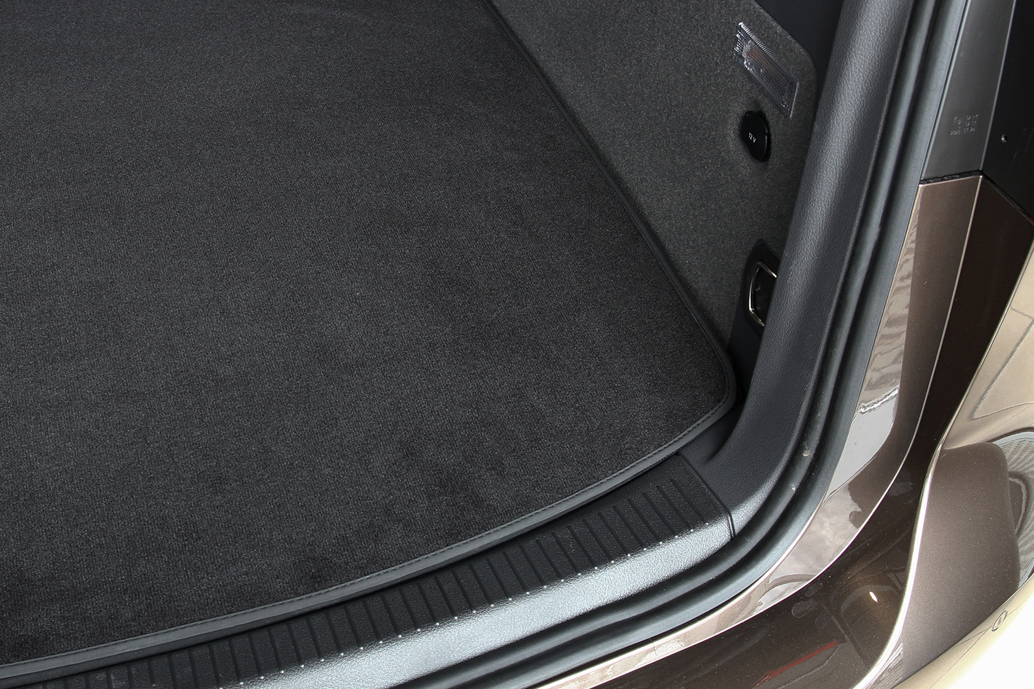 Velours trunk mat fits for Volvo S60 2 Typ Z Hatchback from 2018-