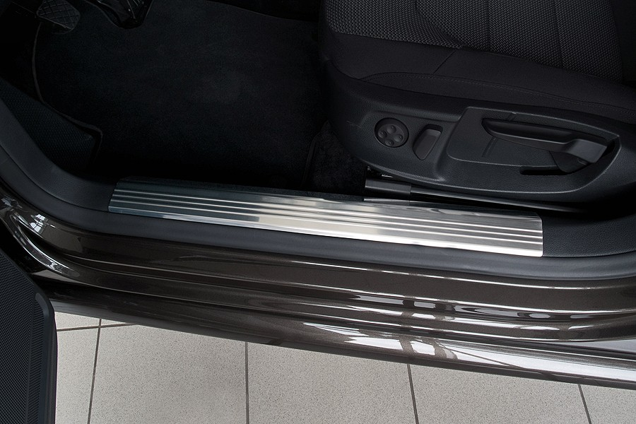 Stainless steel Interior door sills fits for VW Passat B7 2010-2014 \u2013 Bild 2 & Stainless steel Interior door sills fits for VW Passat B7 2010 ...