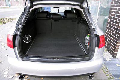 3-teilige Kofferraummatte mit Ladekantenschutz für Audi A6 4F C6 Avant Kombi