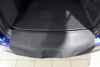 2-part trunk mat with bumper protection fits for Seat Exeo ST