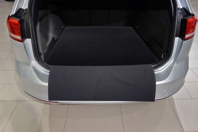 2-part trunk mat with bumper protection fits for VW Passat B8 Wagon 2014--
