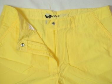 Dare2Be Trifin Damen Short gelb – Bild 2