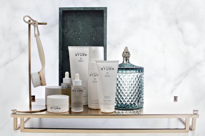 Nuori Naturkosmetik bei Das Parfum and Beauty
