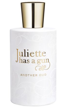 Another Oud Parfumflakon von Juliette has a gun