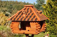 Luxus Vogelhaus mit Holzschindelnschindeln viereckig braun 001