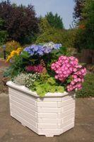 Blumentreppe, Blumenleiter, Pflanztreppe, Pflanzleiter aus Holz, in Weiß,  versch.Modelle Bild 7