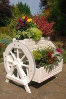 Blumentreppe, Blumenleiter, Pflanztreppe, Pflanzleiter aus Holz, in Weiß,  versch.Modelle Bild 3