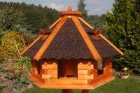 Riesiges XXL Vogelhaus, Futterhaus 67 x 45 cm imprägniert, Bitumschindeldach verschiedene Farben wählbar, mit oder ohne Vogelhausständer, V18 Bild 3