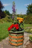 Blumentreppe, Blumenleiter, Pflanztreppe, Holz behandelt versch Farben / Modelle Bild 2