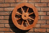 Dekoratives Wagenrad 48, 70 oder 100 cm, rustikal, Holz, verschiedene Farben 008