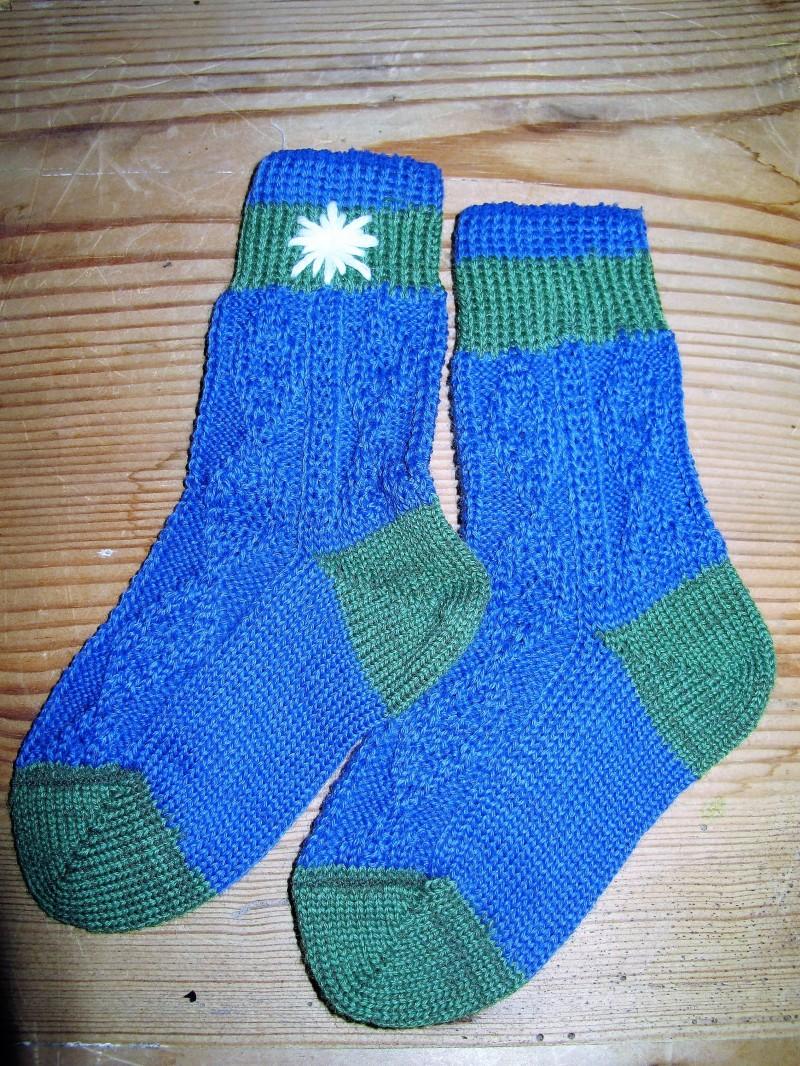 Lusana Trachten Socken Gr. 15 - 40 blau / grün Edelweiss handbestickt – Bild 1
