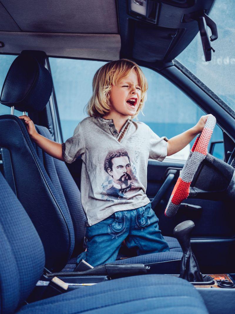 Hangowear Trachtenshirt Kindershirt beige Jungen König Ludwig T-Shirt Gr 86 - 152