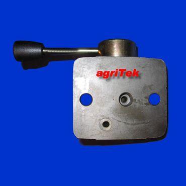 Hydraulik Umschalthahn für Massey Ferguson 35, 65, 100 - 500 Serie 2 Ausgänge – Bild 1