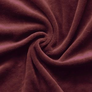 Nicky Velours Fabric colour: Bordeaux