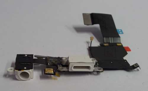 Docking Port with headphone Jack for iPhone 5S in white colour