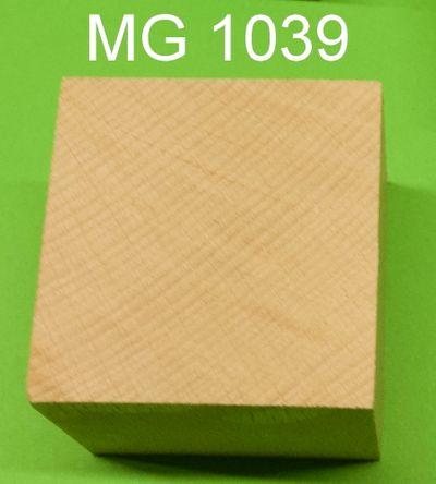 Holzwürfel gross 5 x 5 cm  mit 12 mm Loch