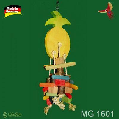 Knabber Ananas mit viel buntem Knabberholz an Sisalseilen ca. 45 cm lang ca. 15 cm breit