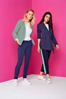 ONLY Damen Jacke onlANNA SHORT BLAZER NOOS Stoff uni Streifen Cardigan kurz – Bild 2