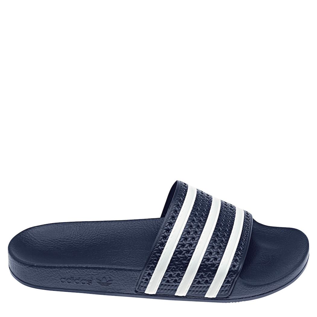 b471d8bcaa9359 adidas Originals adilette Slipper Badelatschen Herren blau   weiß ...