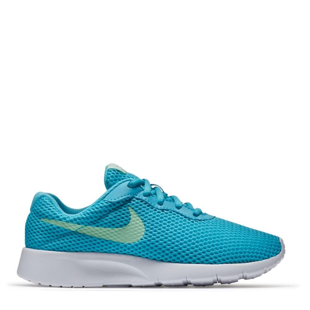 Schuhe in Blau von Nike für Mädchen.