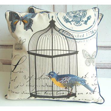 Kissenhülle im Shabby chic mit zauberhafter Bestickung in blau mit Vogel und Schmetterling – Bild 4