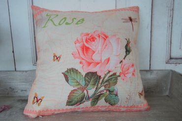 Kissenhülle im Shabby chic mit zauberhaften Rosendesign, Rosa