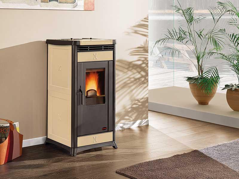 pelletofen 10 3 kw extraflame irma. Black Bedroom Furniture Sets. Home Design Ideas