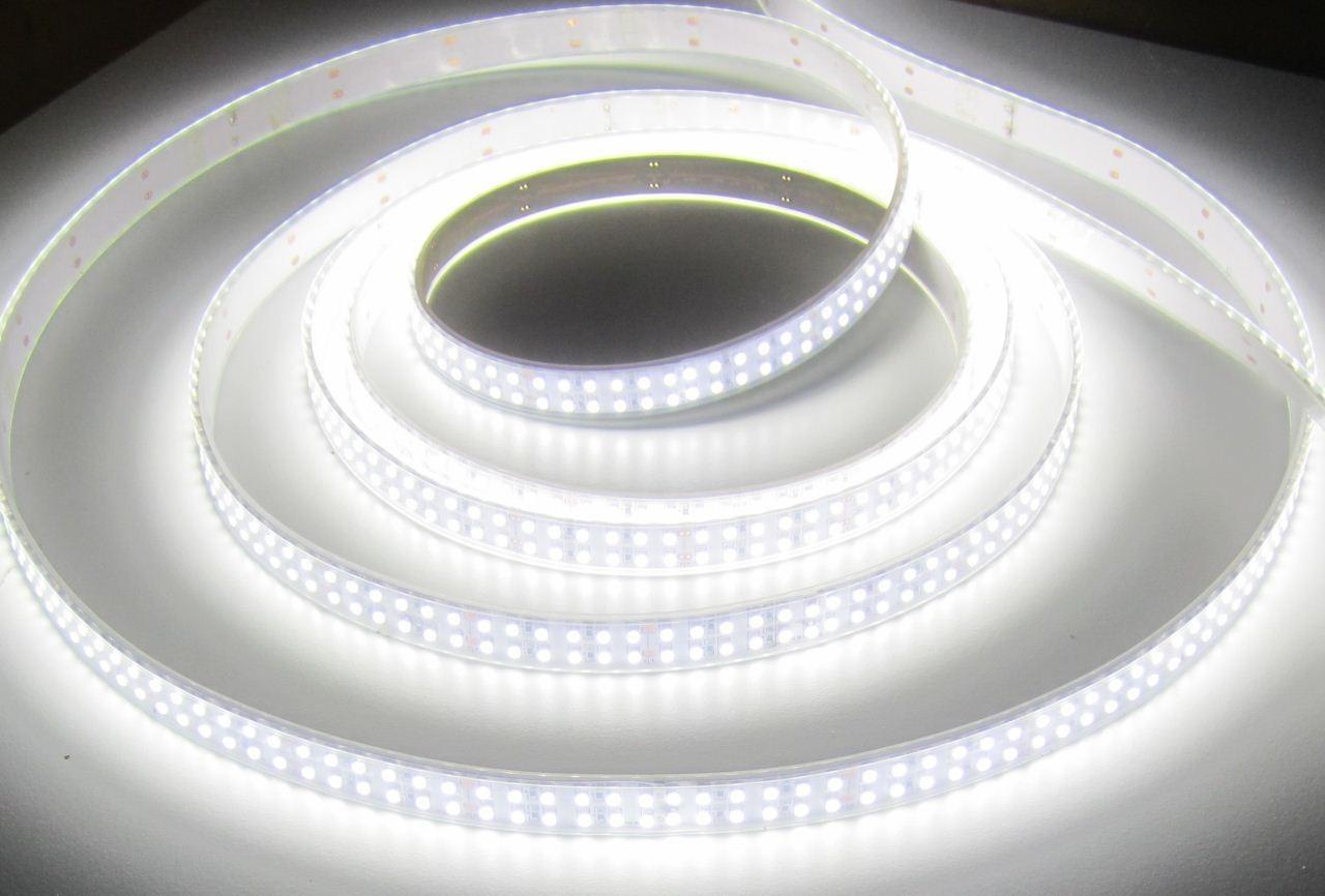 set 5400 lumen 5m ultra highpower led streifen 1200 led neutralwei natur weiss wei wasserfest. Black Bedroom Furniture Sets. Home Design Ideas