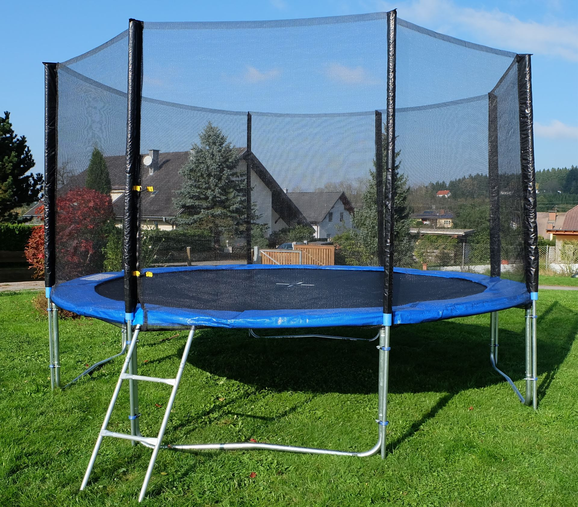 outdoor gartentrampolin trampolin xl 436cm komplett inkl. Black Bedroom Furniture Sets. Home Design Ideas