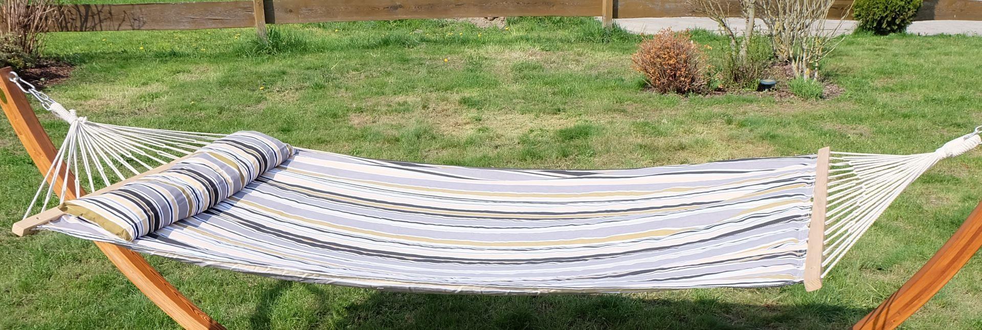 design h ngematte 120x200cm gef ttert mit kopfkissen grau. Black Bedroom Furniture Sets. Home Design Ideas