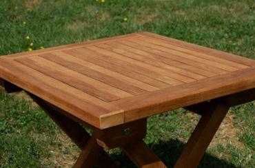 2x Hochwertige TEAK Sonnenliege Gartenliege Strandliege Liegestuhl Holzliege Holz sehr robust Modell: COZY+ 1x Beistelltisch 45x45cm – Bild 7