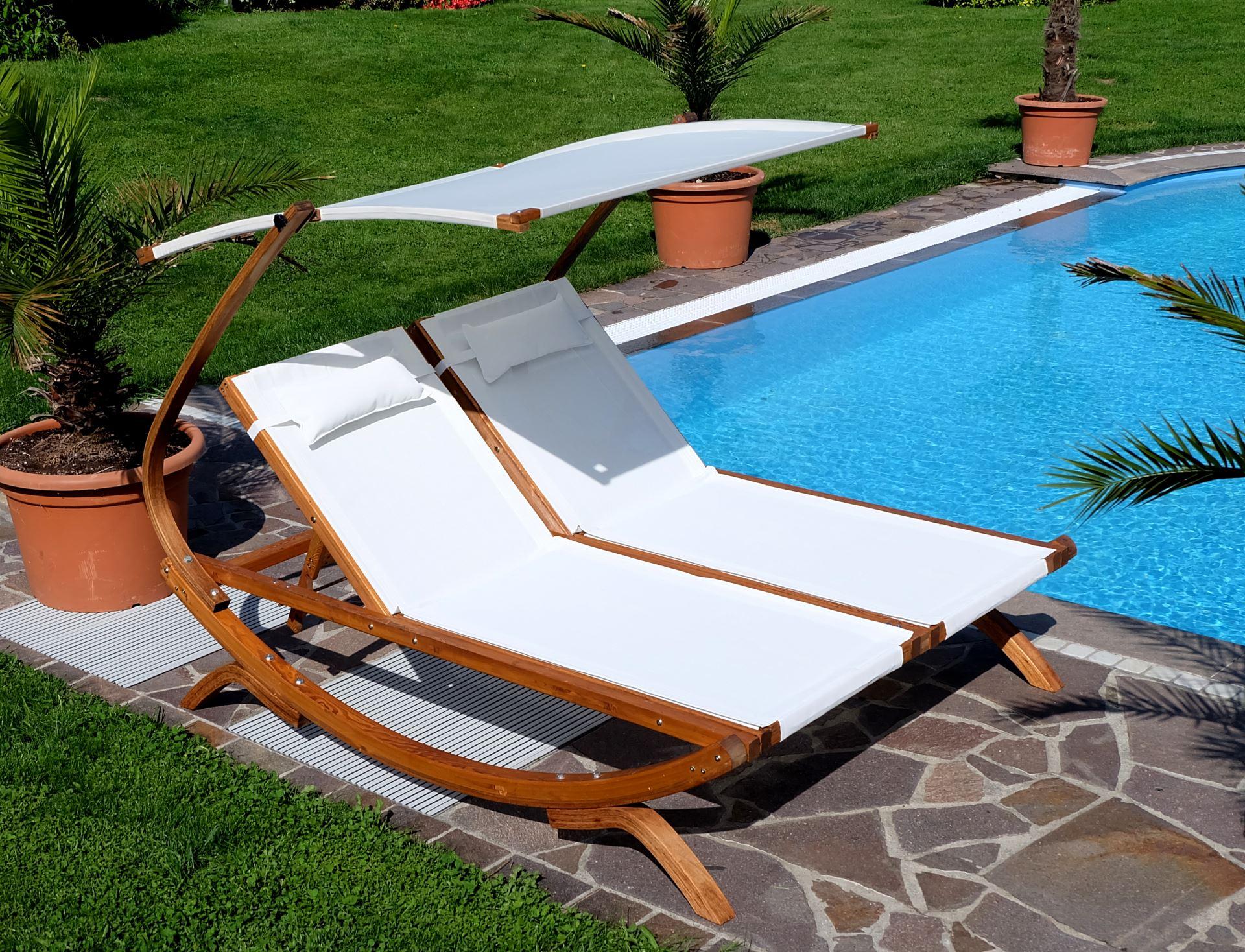 doppel sonnenliege tulum extrabreit f r 2 personen mit verstellbarem dach aus holz l rche. Black Bedroom Furniture Sets. Home Design Ideas