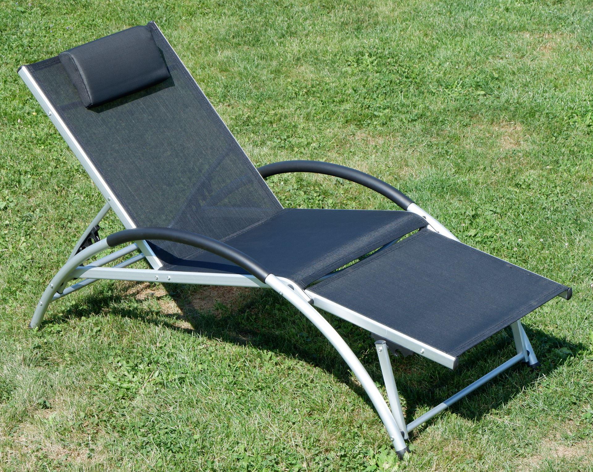 gartenliege sonnenliege fitnessliege bauchmuskeltrainer stabile aluminium konstruktion mit. Black Bedroom Furniture Sets. Home Design Ideas