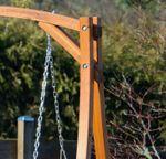 Design Hollywoodschaukel Gartenschaukel KUREDO-OD aus Holz Lärche - Bild 3