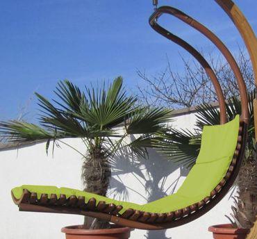 B-Ware DESIGN Hängeliege NAVASSA-SEAT-GRÜN aus Holz Lärche / Metall mit Auflage (OHNE Gestell) – Bild 2