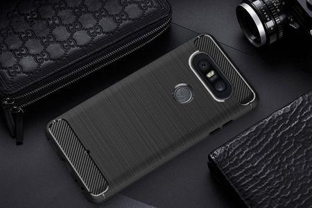 LG Q8 TPU Case Carbon Fiber Optik Brushed Schutz Hülle Schwarz – Bild 2