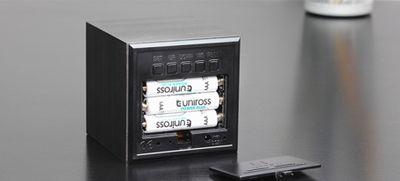 Cube Walnuss Click Clock LED grün – Bild 5