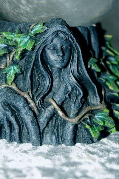 Wahrsagekugel Mother & Maiden – Bild 4