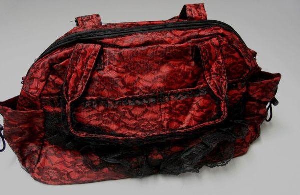 Große Viktorianische Spitzentasche schwarz-rot – Bild 3