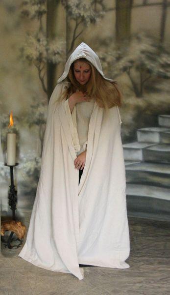 Komplette Gewandung Kleid Ermina rot weiss mit Umhang – Bild 6