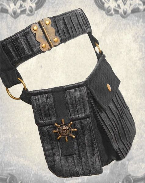 Red Queens Black Legion Waistbag – Bild 5