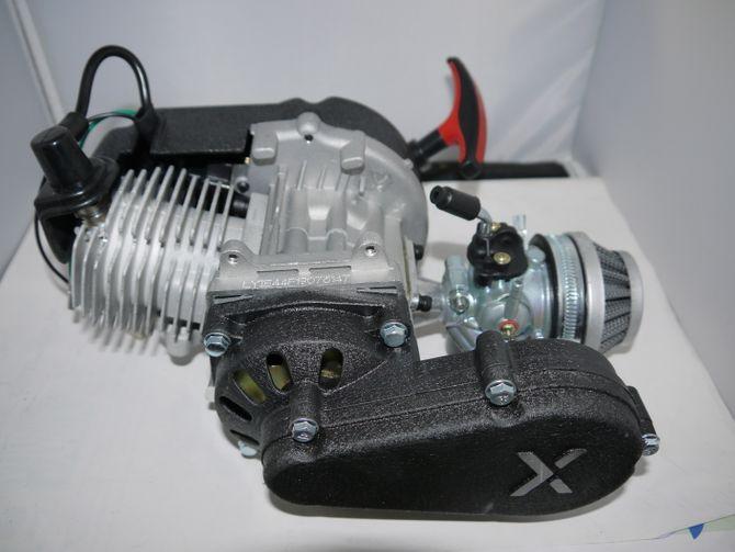 50ccm 2 Takt Motor ohne E-Starter inkl. Tuning Vergaser und Sportkupplung Pocketbike, Dirt Bike Cross Bike - ohne E-Start